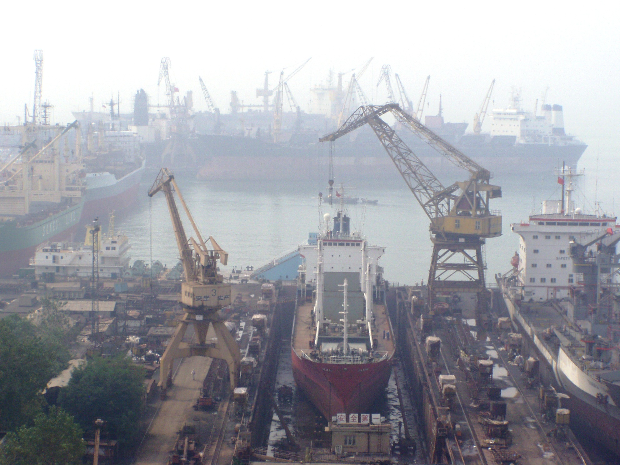 Qingdao-industrial-port-before